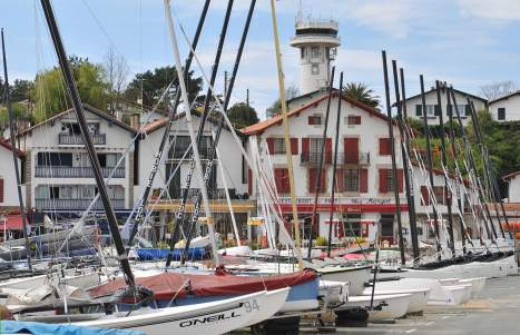 Ciboure port de Socoa les restaurants