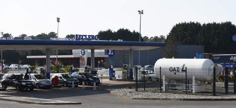 Station Leclerc grande distribution gaz carburant véhicule Photo Picbleu